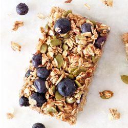Blueberry, Almond & Orange Zest Breakfast Bar